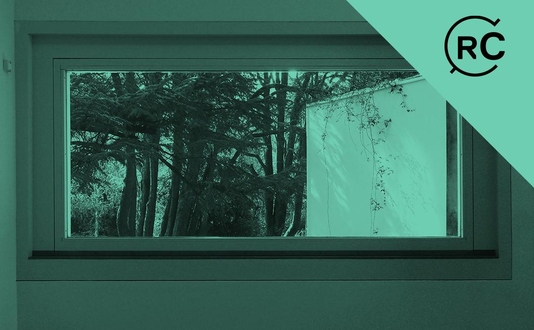 Finestra amb vistes al bosc
