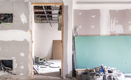 Interior d'habitacio en reformes.