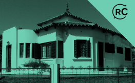 La primera casa giratòria