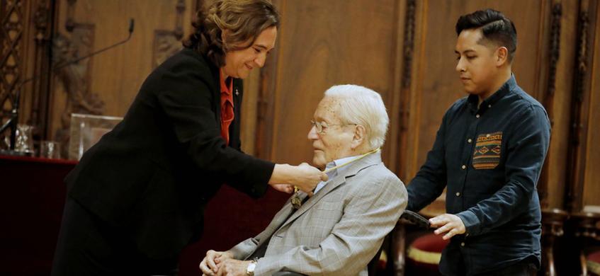 L'arquitecte Oriol Bohigas rep la Medalla d'Or de Barcelona