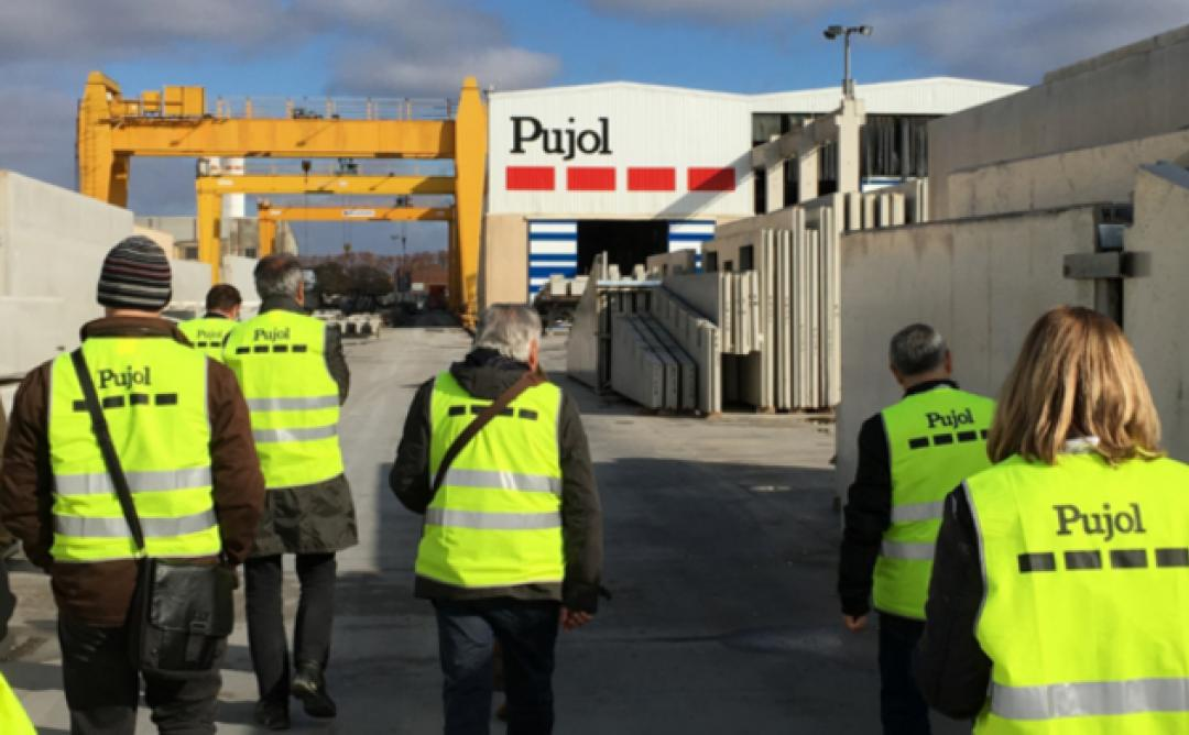 Visitants a Prefabricats Pujol